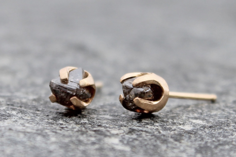 rough cacao color raw diamond stud earrings w/ 14k yellow gold