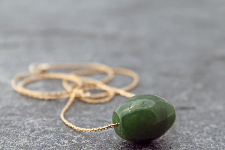 nephrite jade barrel bead necklace