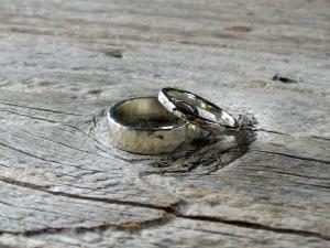 artisan hammered sterling silver wedding band set