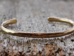 artisan mens' hand forged and hammered 14k gold cuff
