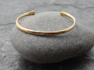 slim hammered 14k gold cuff