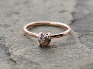 rough raw 1 carat cacao color diamond and with hammered 14k rose gold ring