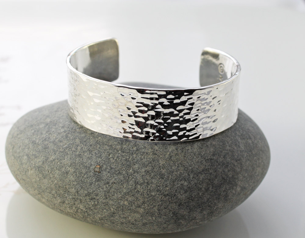 Thick silver cuff bracelet best bracelet 2018 for Best mens jewelry sites